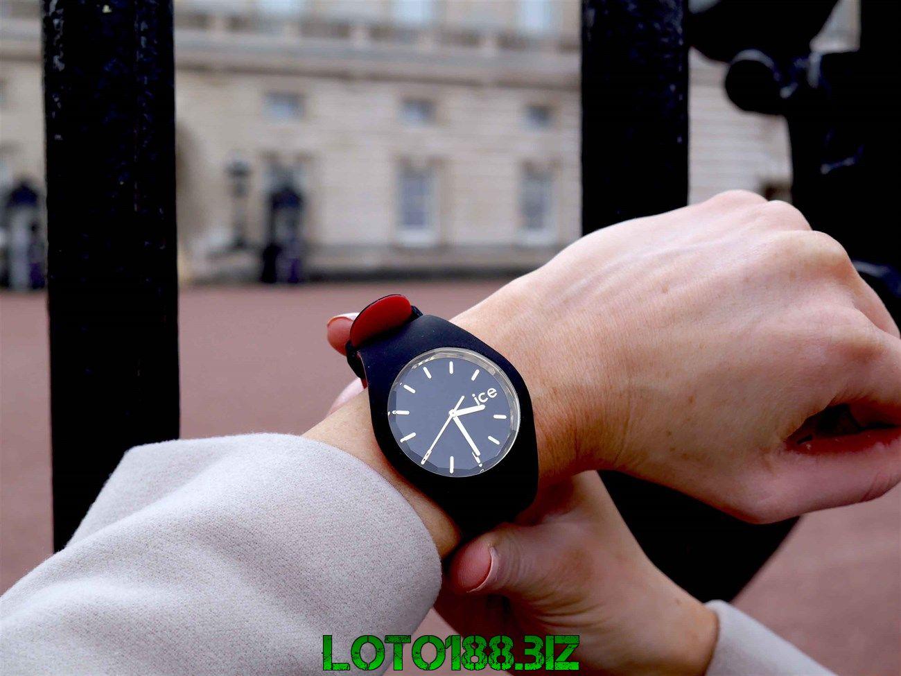 Mộng thấy đồng hồ có điềm báo gì? Là tốt hay xấu